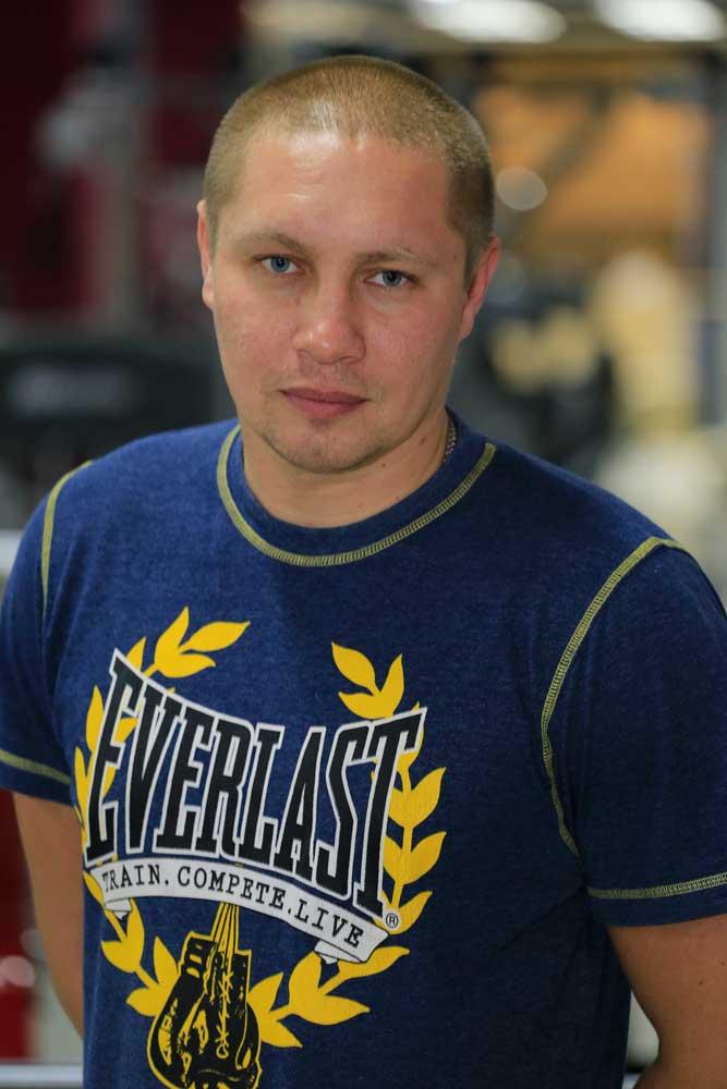 Хохлов Денис
